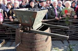 В соседней с Одесской областью Гагаузии отметили день молодого вина (ФОТО)