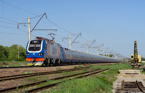 """Укрзализныця планирует запустить между Киевом и Одессой скоростной поезд """"Тальго"""""""