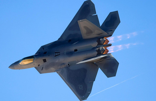 Как F-22А и Су-35С не поделили сирийское небо