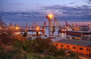 В Одесском порту отремонтировали автомобильную эстакаду