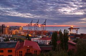 Одесский порт хотят объединить с филиалом АМПУ
