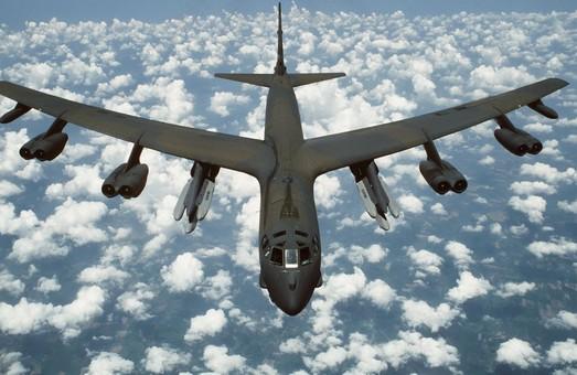 B-52 Stratofortress – намекает от Гуама до Эстонии