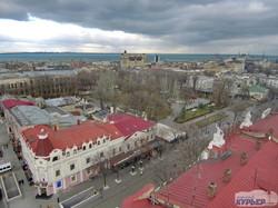 Центр Одессы под суровым январским небом (ФОТО)