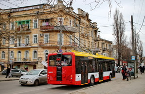 На новые остановки и ограждение трамвайных путей в Одессе потратят кредит в 400 миллионов