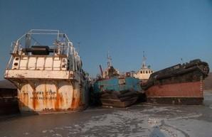 Крупнейший в РФ судостроительный холдинг показал убыток более миллиарда рублей