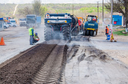 Как ремонтируют дороги в Березовском районе Одесской области (ФОТО)
