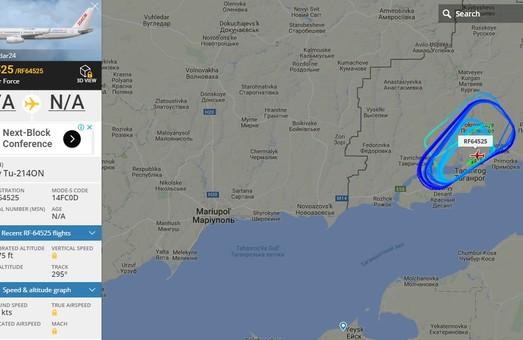 Российский разведчик Ту-214ОН нарезал круги неподалеку от границы Украины