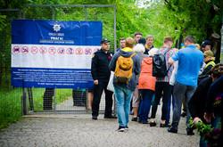 В Одессе на Аллее Славы возложили цветы к памятнику Неизвестному Матросу (ФОТО)