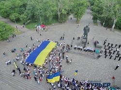 По Одессе прошел очередной Мегамарш Вышиванок (ФОТО, ВИДЕО)