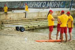 Одесские водолазы показали, как умеют спасать людей (ФОТО)