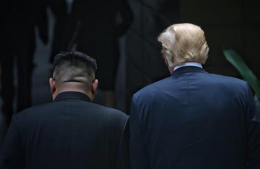 Первое свидание Трампа и Ына