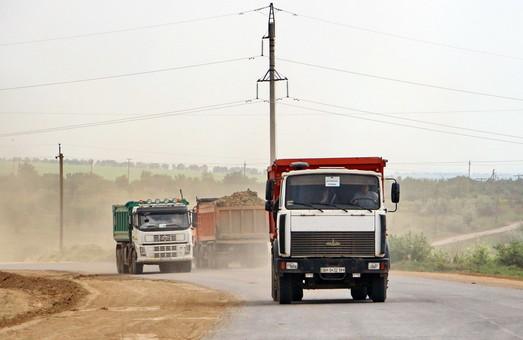 Дороги Одесской области из-за летней жары закрыты для движения грузовиков