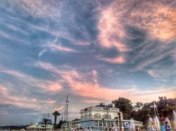 Фото дня: фантастически яркий вечер у моря
