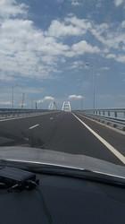 Крымский мост в фото: пустота и… пустота!