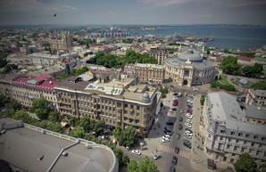 В разгар курортного сезона в Одессе начинают ремонт теплотрассы на Ланжероновской