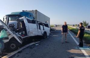 Опасные маршрутки: в Одесской области при ДТП погибли пять человек