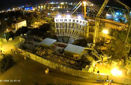 Очередной скандал вокруг Воронцовской колоннады: деревянные перекрытия меняют на бетон