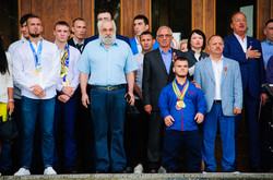 В Одессе под дождем отметили День физкультуры и спорта (ФОТО)