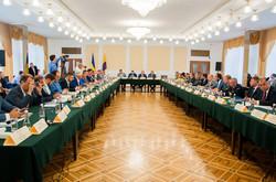 В Одессе нардепы решили что делать с дорогами и гидротехническими сооружениями