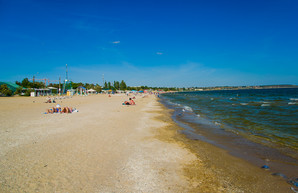 В сентября на городские пляжи вышли отдыхать одесситы (ФОТО)