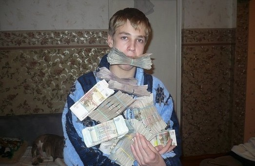 """Банк России заговорил о """"мини-кризисе"""" и включил печатный станок"""