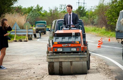 Кабинет Министров Украины похвастался ремонтом дорог в Одесской области
