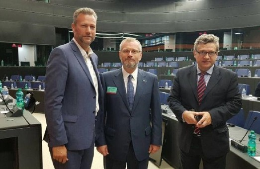 Кремлевское лобби Европарламента на страже пророссийских телеканалов Украины