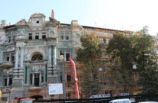 Что будет с домом Руссова в Одессе: сможет ли решение суда остановить восстановление (ВИДЕО)
