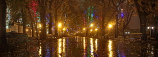 Ночная Одесса после урагана (ФОТО)