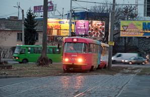 В Одессе снова работают трамваи из двух вагонов (ФОТО)