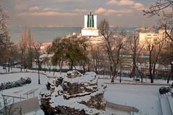 Как выглядит заснеженная снегом Одесса в первый день зимы (ФОТО)