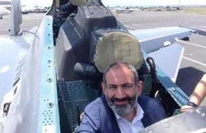 Россия намерена продать Армении истребители Су-30СМ