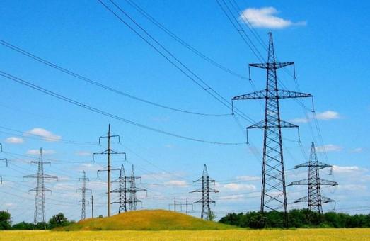 """Экспорт украинской электроэнергии снова в стабильном """"плюсе"""""""