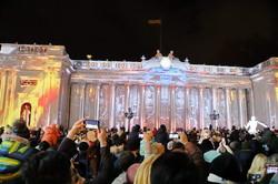 Пламя, взрывы и яркие лучи света охватили одесскую мэрию (ФОТО, ВИДЕО)