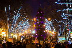 Одесские улицы в канун Нового Года (ФОТО)