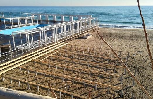 Пляж Аркадию опять застраивают