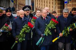 В Одессе возложили цветы в честь Дня Соборности Украины (ФОТО)