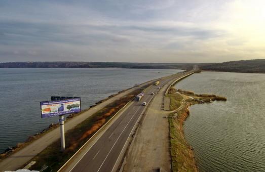 Мост через Хаджибейский лиман отремонтируют почти за 342 миллиона гривен