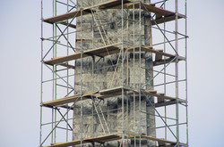 В Одессе начали ремонтировать обелиск в честь освобождения города (ФОТО)