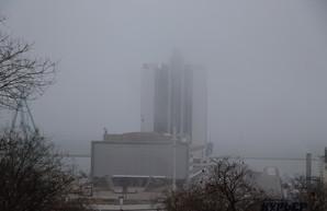 В Одессе ничего не видно из-за тумана (ФОТО, ВИДЕО)