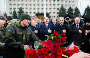 В Одессе возложили цветы в память о Небесной Сотне (ФОТО)