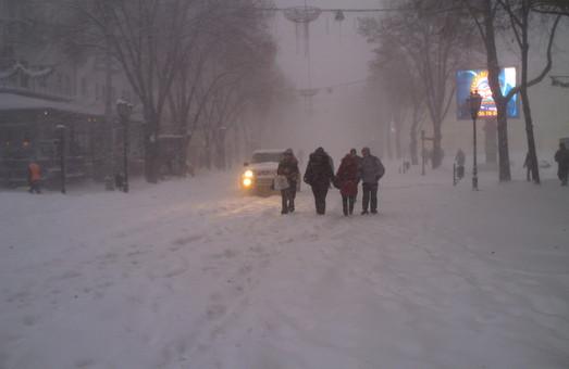 На Одессу и область идет непогода с метелью, снегом и обледенением