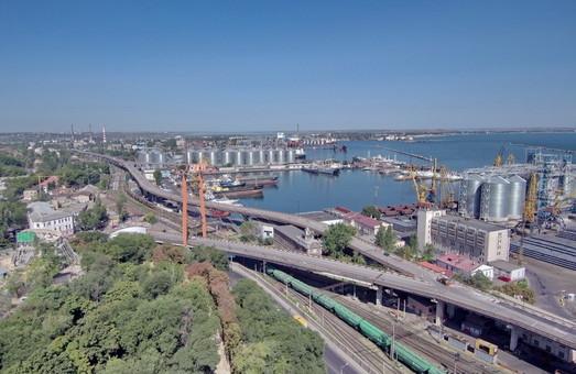 В Одесском морском порту ищут проектанта для капитального ремонта третьей очереди транспортной эстакады