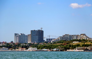 """Одесситы жалуются: высотки """"Кадорра"""" уничтожили качество жизни на Фонтане и в Аркадии"""