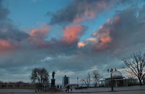Ураганный ветер над Одессой (ВИДЕО)