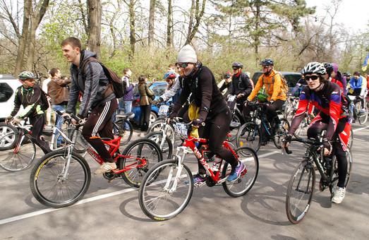 В Одессе проходят велогонки «Мемориал Уточкина» (ФОТО)