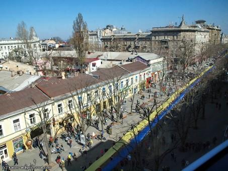 Пять лет назад одесситы выступили за Украину и против российской агрессии (ФОТО)