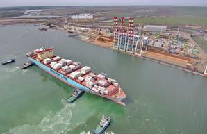 Контейнерный терминал «ТИС» за год принял 52 котейнеровоза компании «Maersk»