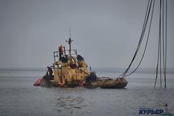 Как поднимали буксир контрабандистов «Параллель» (ФОТО, ВИДЕО)