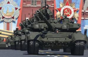 Россия снова вместо экономического благополучия выбрала армию
